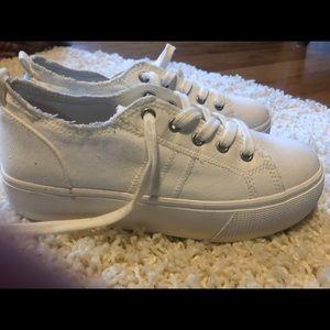 Jellypop platform sneakers size 9 NWOT
